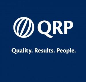 qrp-logo-weiss-auf-blau-2
